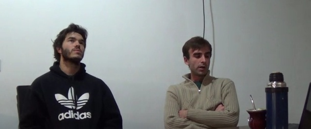 Comunidad Rizona entrevista a los autores.